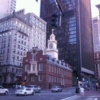 Foto tirada no(a) Boston Massacre Monument por Steven W. em 7/10/2012