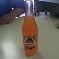 รูปภาพถ่ายที่ Taqueria El Nortenito โดย Damon J. เมื่อ 2/4/2012