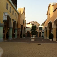 Photo taken at Fashion District - Molfetta Outlet by Babi M. on 8/6/2012