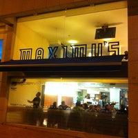 Photo taken at Maximu's by JmCoutinho R. on 3/5/2012