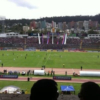 Foto tomada en Estadio Olimpico Atahualpa por Rodrigo E. el 2/26/2012