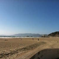 Photo taken at Pacific Ocean by Ben Z. on 7/29/2012