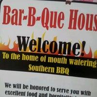 6/8/2012에 Andrew P.님이 Bar-B-Que House에서 찍은 사진