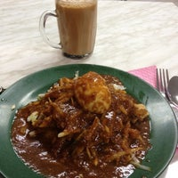 Photo taken at Cafeteria, Celcom Axiata by Mia Aling on 7/19/2012