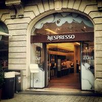 Das Foto wurde bei Nespresso von ZL G. am 7/27/2012 aufgenommen
