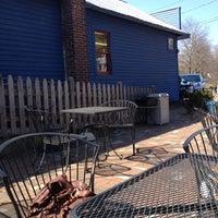 Foto tirada no(a) Cushman Market & Cafe por Jordan S. em 3/18/2012