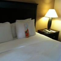 Photo taken at Hilton Phoenix/Mesa by David S. on 4/8/2012