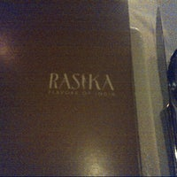 Photo prise au Rasika par Scott R. le9/1/2012