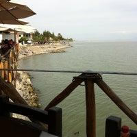 Photo taken at El Bambu by Hugo V. on 2/26/2012