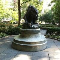 8/12/2012 tarihinde conrado125ziyaretçi tarafından Lion Crushing a Serpent'de çekilen fotoğraf