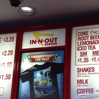 Photo taken at In-N-Out Burger by Shari M. on 2/26/2012