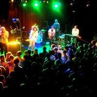 6/21/2012 tarihinde Brad K.ziyaretçi tarafından Paradise Rock Club'de çekilen fotoğraf