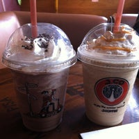 Photo taken at J.CO Donuts & Coffee by NURUL NADIA M. on 3/28/2012