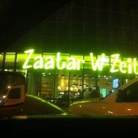 Foto diambil di Zaatar W Zeit oleh 7maid pada 7/13/2012