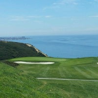 Photo taken at Torrey Pines Golf Course by CD7 on 4/26/2012