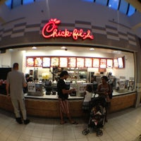 Photo taken at Chick-fil-A by Kevin  I. on 7/28/2012