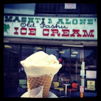 Photo taken at Mashti Malone Ice Cream by Thirsty J. on 4/22/2012