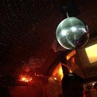 Das Foto wurde bei Q - KJU-Bar von Fanfarella am 4/14/2012 aufgenommen