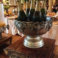 Photo taken at Vintage Inn by Asta on 8/23/2012