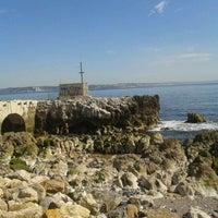 Foto diambil di Passeio Marítimo de Oeiras oleh Vera R. pada 3/14/2012