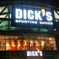 Does dick's sporting goods offer a military discount?