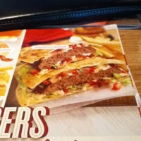 Photo taken at Applebee's Neighborhood Grill & Bar by Coco C. on 4/12/2012