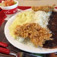 Das Foto wurde bei KFC von Elisangela F. am 5/28/2012 aufgenommen