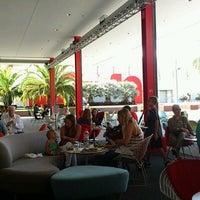 8/23/2012 tarihinde Mathilde L.ziyaretçi tarafından Ray's & Stark Bar'de çekilen fotoğraf