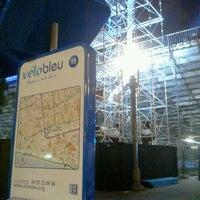 Photo taken at Vélo Bleu (Station No. 19) by Iarla B. on 2/17/2012