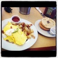 Photo taken at First Watch – Breakfast, Brunch & Lunch by Hayri T. on 4/23/2012