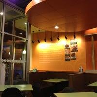 Photo taken at Garbanzo Mediterranean Grill by Daniel P. on 4/27/2012