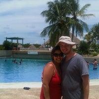 Photo taken at Las Olas Club Resort by Carlos Jesus L. on 8/26/2012