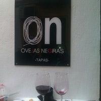 Foto tomada en Ovejas Negras por Susana B. el 3/31/2012