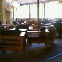Photo taken at Hillstone Restaurant by Lisa B. on 8/10/2012