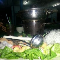 Photo taken at Bath Ikan Bakar Steam Boat by Rosli S. on 7/11/2012