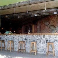 Foto tomada en Cancino Pizza por Ilka H. el 8/16/2012