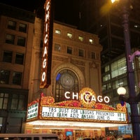 Foto tomada en The Chicago Theatre  por Daniel P. el 6/16/2012