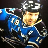 9/4/2012 tarihinde Sean B.ziyaretçi tarafından Jerry's Hockey Warehouse'de çekilen fotoğraf