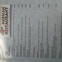 Foto tirada no(a) Restaurant Latino America Unida por Walter F. em 9/2/2012