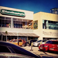 Photo taken at BarraShoppingSul by Iata A. on 6/7/2012