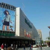 Foto tomada en El Corte Inglés por Sergio Canter el 3/28/2012