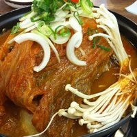 Photo taken at 3대단골묵은지김치찜감자탕 by Sunjong P. on 6/23/2012