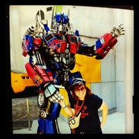 Photo prise au Transformers The Ride: The Ultimate 3D Battle par Chanell A. le6/17/2012