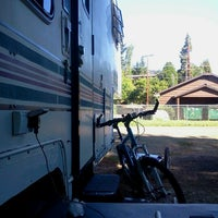 Photo taken at River's Edge Mobile & RV Park by Dean B. on 8/3/2012