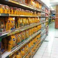 Foto tirada no(a) Cobasi por Luciano B. em 8/2/2012