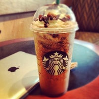 Photo taken at Starbucks by Murilo M. on 5/23/2012