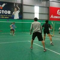 Photo taken at Hong Ha Badminton Court by Ha D. on 3/11/2012