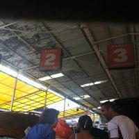 Photo taken at Autolavado Expreso by Ariadna G. on 7/1/2012
