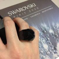Photo prise au Swarovski North America HQ par Melissa C. le6/11/2012