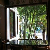 Foto tirada no(a) Restô Ipanema por Tomas P. em 7/9/2012